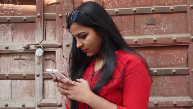 स्मार्टफोन पर मिलेगा जबरदस्त डिस्काउंट, इस दिन से शुरू होगी Amazon की सेल - newsonfloor.com