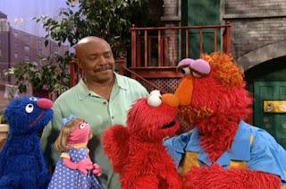 Gordon, Elmo, Louie, Grover and Prairie Dawn talk about potty. Sesame Street Elmo's Potty Time