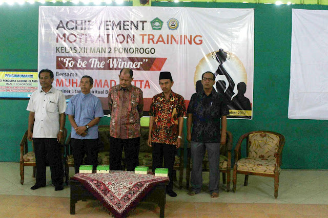 Achievement Motivation Training Kelas XII MAN 2 PONOROGO