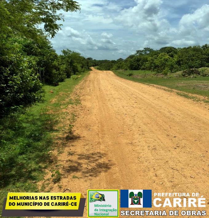 Estradas vicinais de Cariré estão recebendo piçarramento e várias outras melhorias