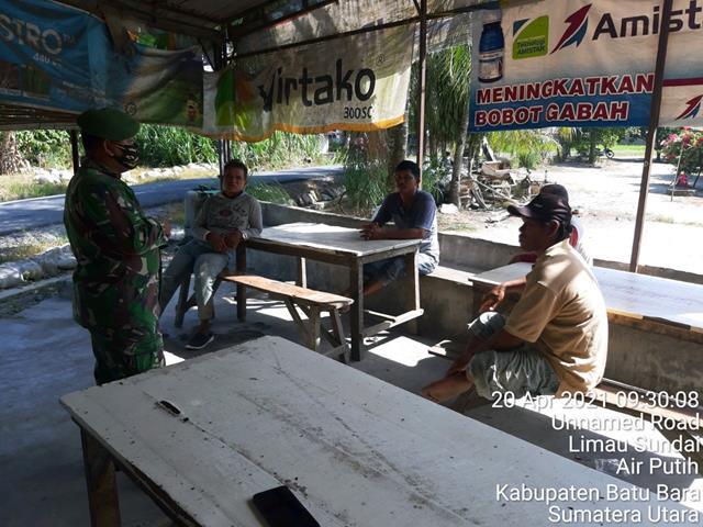 Dengan Cara Komsos Personel Jajaran Kodim 0208/Asahan Laksanakan Bersama Dengan Warga