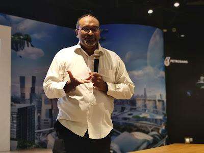 Dr Mohamed Yunus Mohamed Yasin, iaitu Presiden kepada ASTI