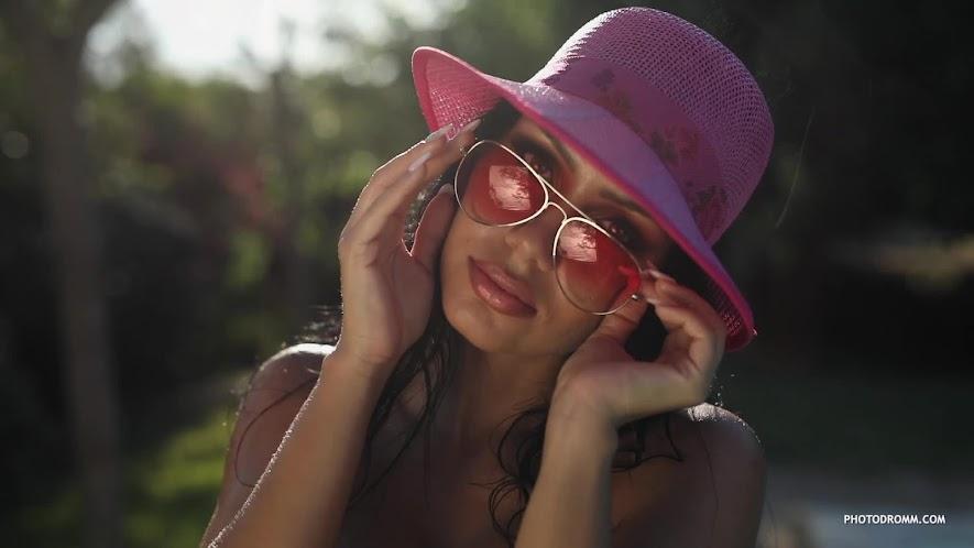 [PhotoDromm] Mareeva - Shades of Cool