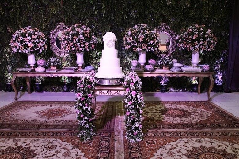 Zona Fashion Decorações transformou o Caravelas Clube em um ambiente luxuoso para celebrar o casamento de Luana e Victor. Confira!