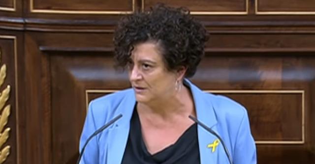 Pilar Vallugera