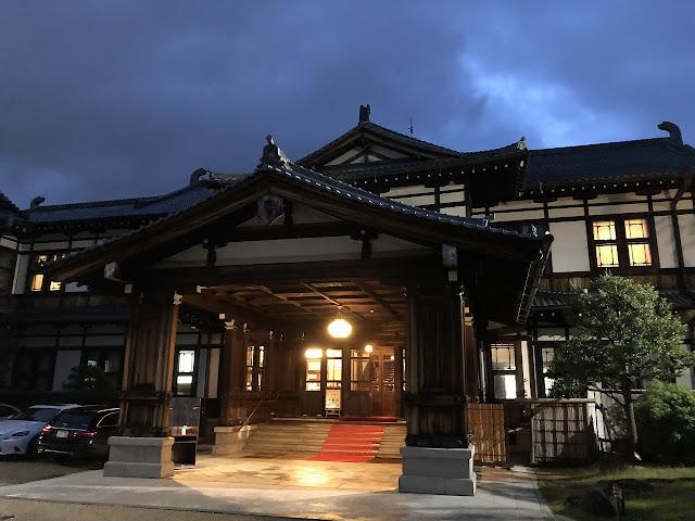 【奈良ホテル】大阪からも京都からも一時間で着く贅沢なホテルステイ。明治42年創業のクラシックホテル、奈良ホテル宿泊記