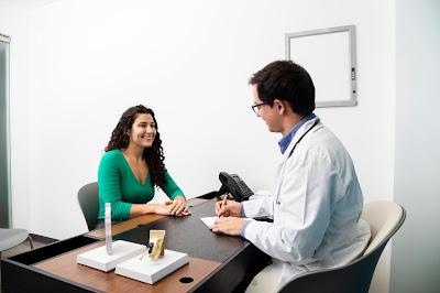 Paciente con doctor