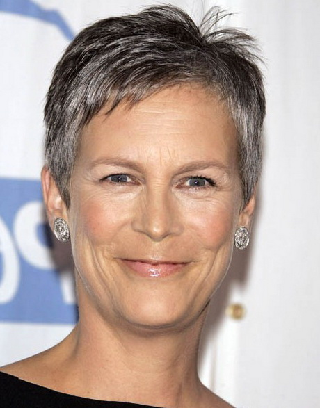 1922de0fdc2a9 Latest most popular short haircut for mature women over 50 from Jamie Lee  Curtis If you want to discover the most flattering styles for any age
