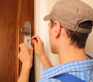 Cerrajeros profesionales: servicios 24 horas