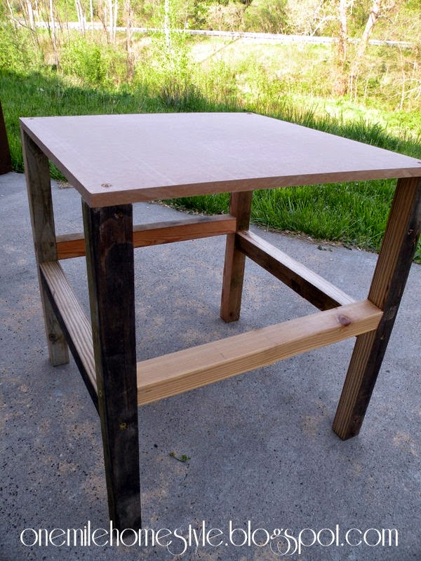 Simple DIY Scrap Wood Outdoor Side Table