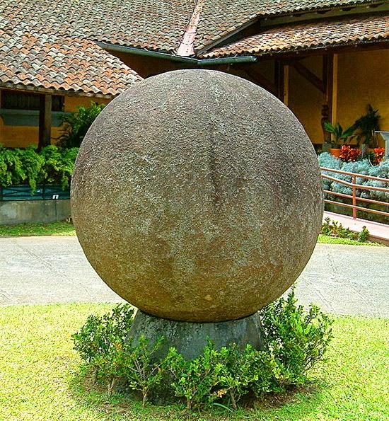 Bolas de Pedra Extraterrestres da Costa Rica