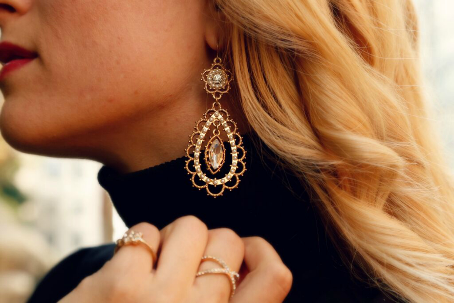 gold-and-faux-pearl-statement-earrings