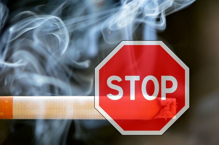 Stop smoking notice