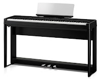 Kawai ES520 with stand and triple pedals