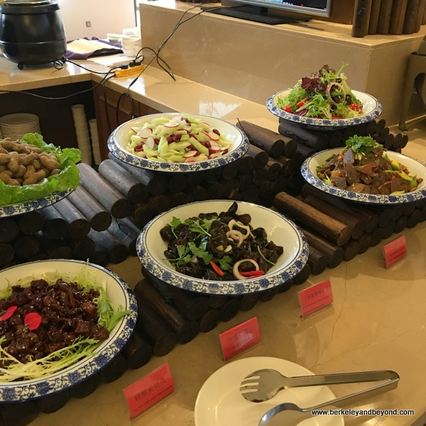 dinner buffet at Swanburg Hotel in Wencheng, China