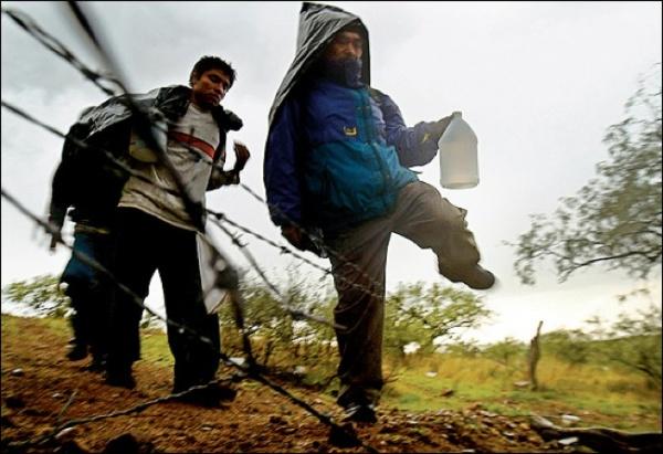 Η εξωτερική πολιτική, όμηρος του μεταναστευτικού