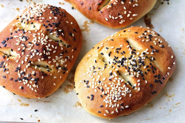Shubbak el-Habayek | Iraqi Sweet Bread