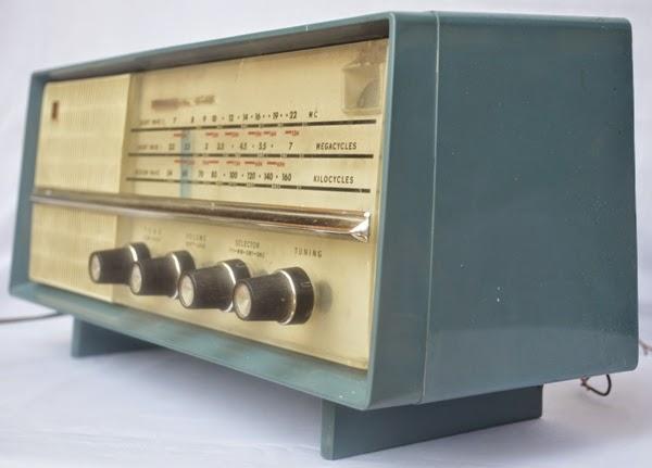 dongeng sunda dina radio taun 90an