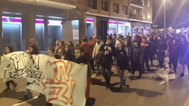 Manifestación contra los fastos de la gala de MTV