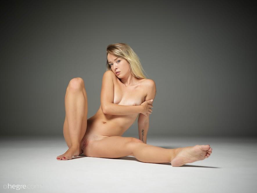 401630 [Hegre-Art] Alba - Young Nudes