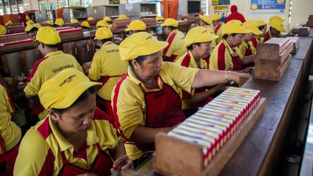 100 Karyawan Pabrik Sampoerna Surabaya Positif Corona dan 2 Orang Meninggal.