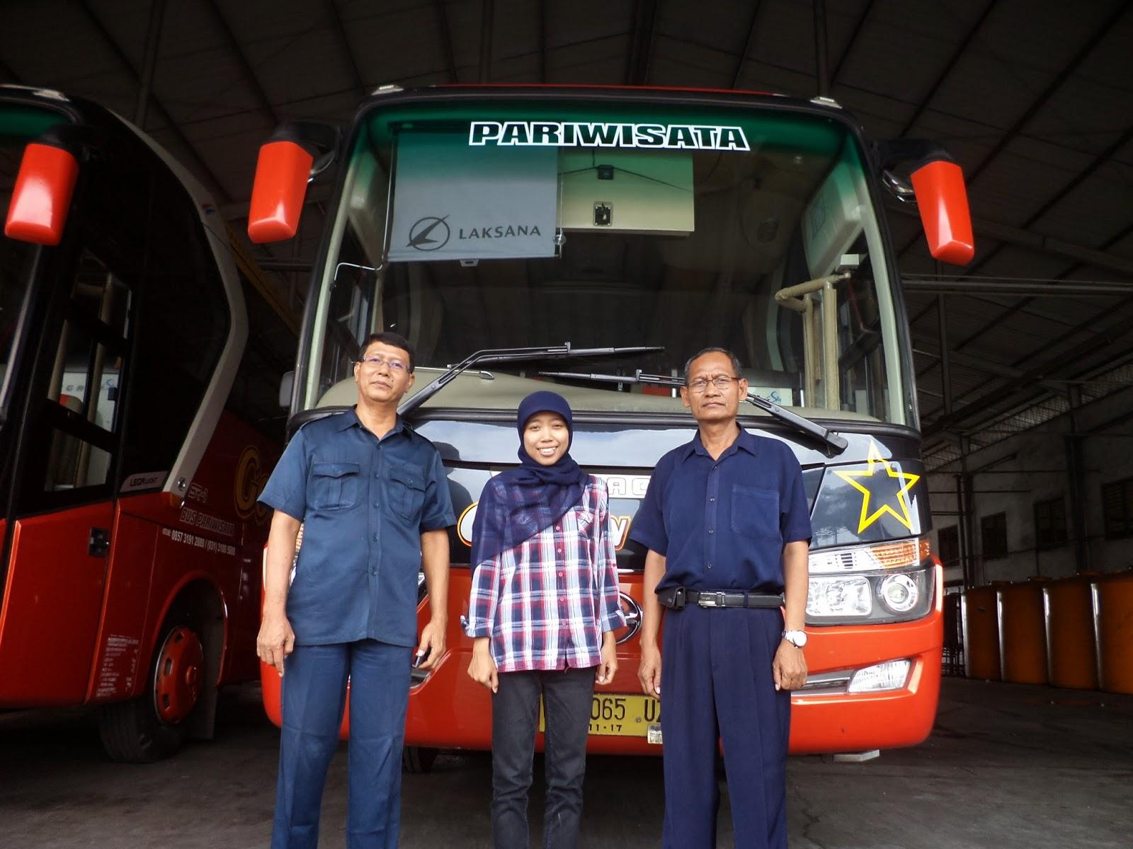 bus pariwisata sumber group