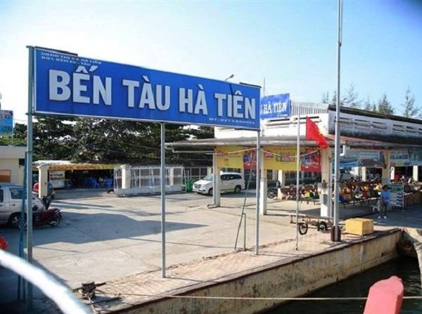 Bến tàu Hà Tiên