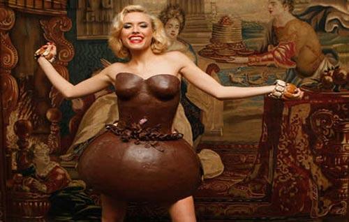 gaun dari cokelat Gaun Pengantin Paling Unik dan Aneh di Dunia