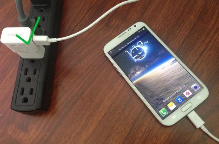 Kabel Charger dan Android Terhubung Dengan Baik