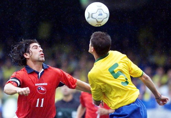 Brasil y Chile en Clasificatorias a Corea/Japón 2002, 7 de octubre de 2001