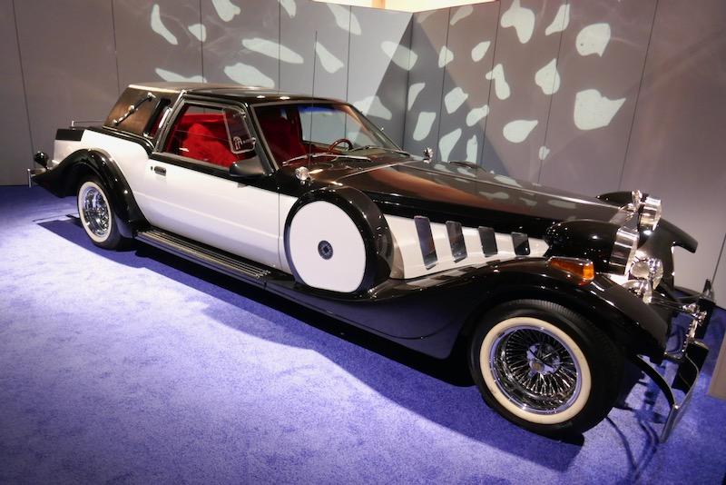 Once Upon a Time Cruella de Vil Zimmer Golden Spirit car