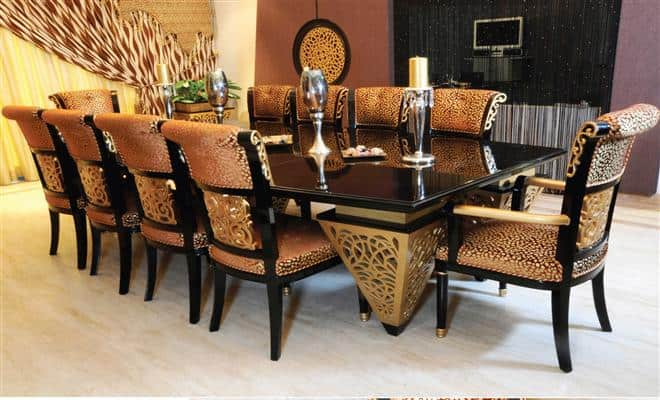 Dining room tables that seat 10