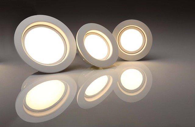 Rekomendasi merk lampu bohlam LED terbaik dan paling terang,