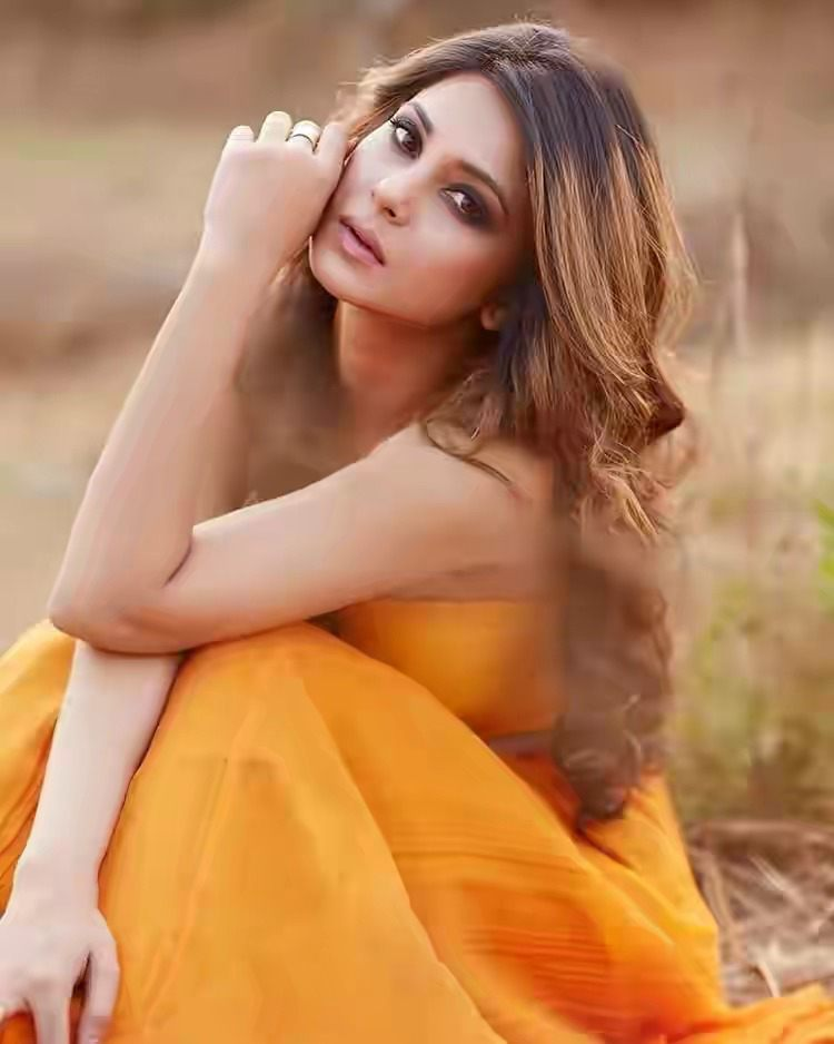 Jennifer Winget Hot and bold Pictures HD