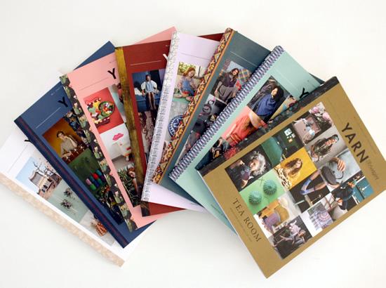 Yarn Book-a-Zine Scheepjes | Happy in Red