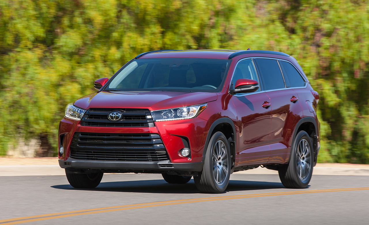 2017 toyota highlander review a community cars toyota review. Black Bedroom Furniture Sets. Home Design Ideas