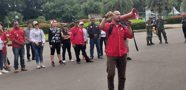 Jokowi Diserang Pendukung Sendiri, Dianggap Abai Lindungi Rakyat PHK di mana-mana