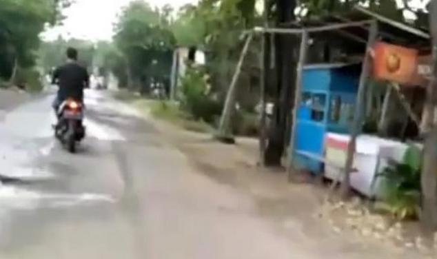 https://www.cnnjava.com/2020/05/perempuan-di-bojonegoro-kesal-lantaran.html