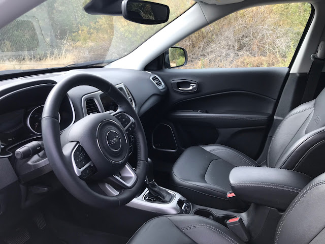 Interior view of 2019 Jeep Compass Limited High Altitude 4X4