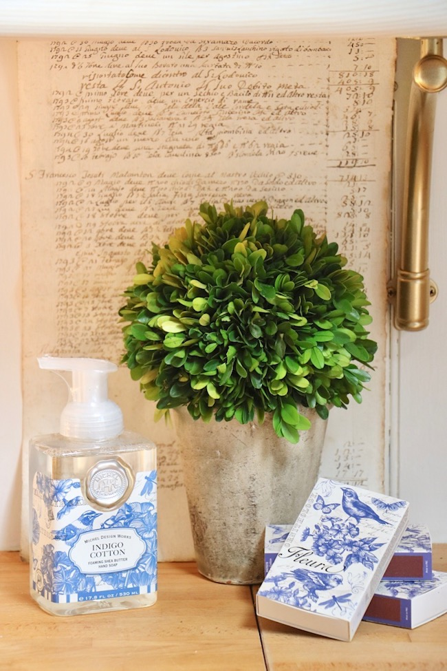 Blue and white flower pots and accessories are beautiful late summer decor