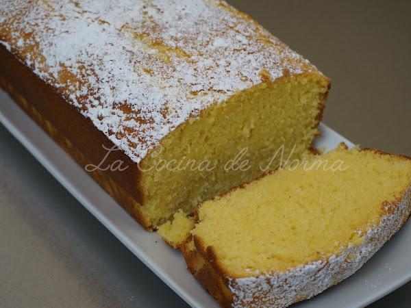 BIZCOCHO DE LECHE CALIENTE (HOT MILK CAKE)