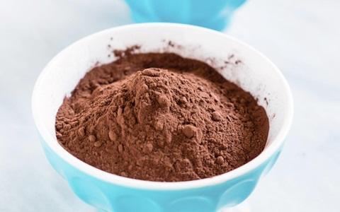 Bubuk coklat untuk campuran smoothies