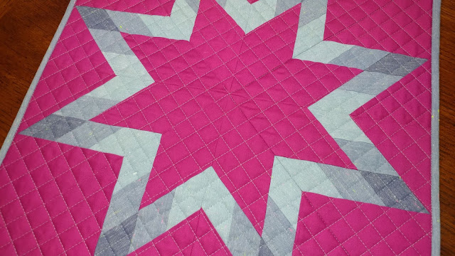 Star mini quilt from the Diamond Star Quilts book by Barbara Cline