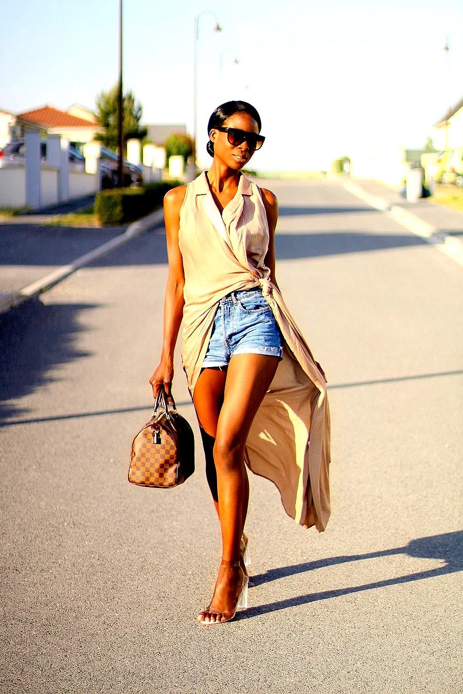 robe-portee-sur-un-jeans-short-blog-mode