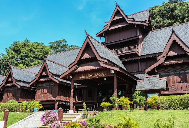 Replika Istana Kesultanan Melaka