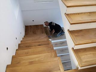 cómo barnizar una escalera de madera