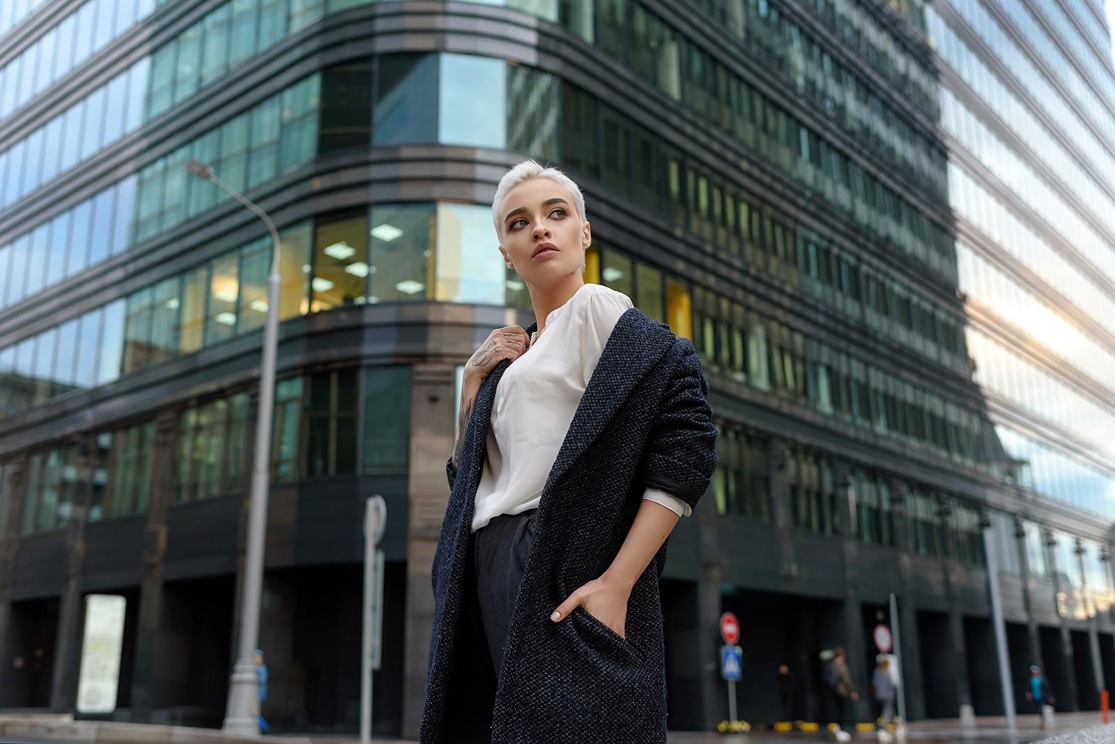 Анастасия. Портрет в городской среде