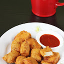 make-spicy-and-crispy-paneer-pakoda