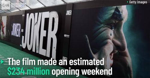 'Joker' memecahkan rekor meskipun ada peringatan tentang kekerasan 01:15
