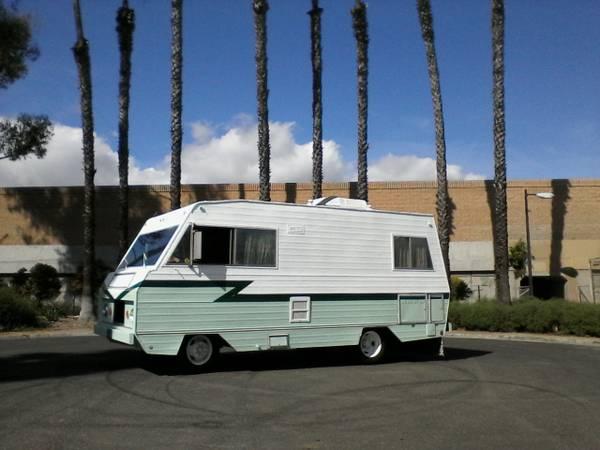 1972 Dodge Camper Van – HD Wallpapers